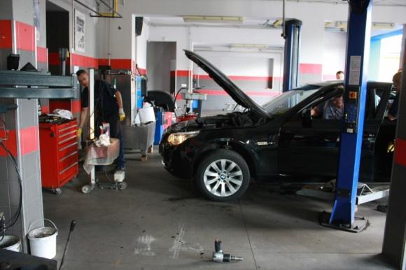Serwis auta z dojazdem do klienta. Usługa jakiej jeszcze w Białymstoku nie było