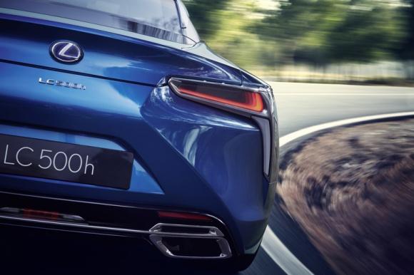 Lexus LC 500H na nowo definiuje technologię hybrydową