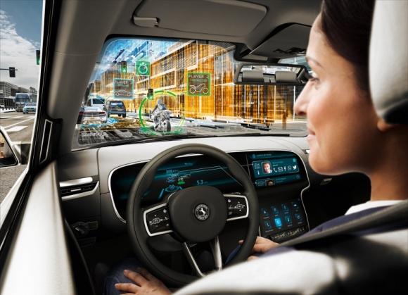 Granie zamiast kierowania – samochód przyszłości według Continental