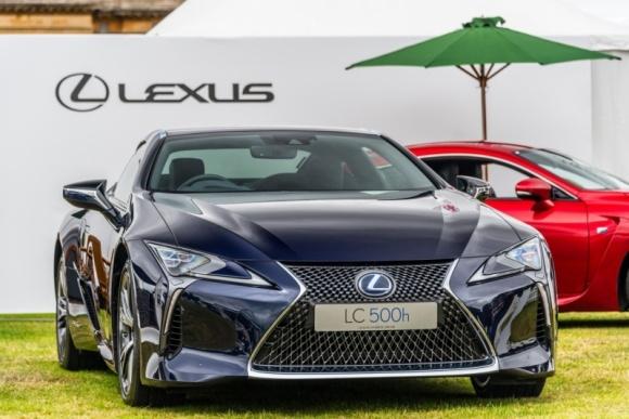 Rynek samochodów luksusowych w Polsce