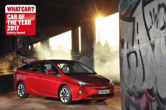 """Prius najbezpieczniejszym samochodem roku według """"What Car?"""""""