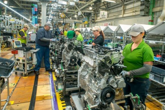 Toyota rozpocznie produkcję napędu hybrydowego w USA