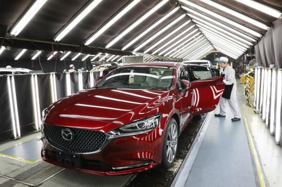 Mazda świętuje przekroczenie progu 50 milionów aut wyprodukowanych w Japonii