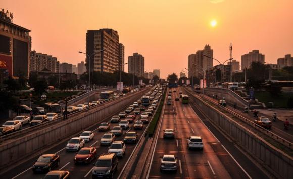 Kryzys motoryzacyjny w Chinach? Nie na rynku aut premium