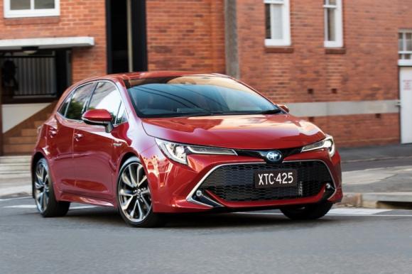 Toyota trzykrotnym liderem globalnego rynku samochodów.